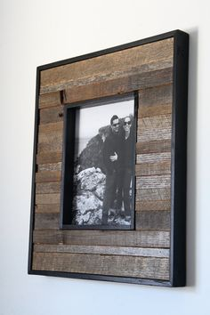 instructions for making picture frames from barn wood
