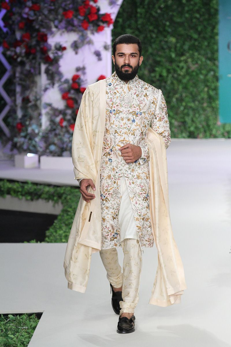 junaid jamsged suits instructions